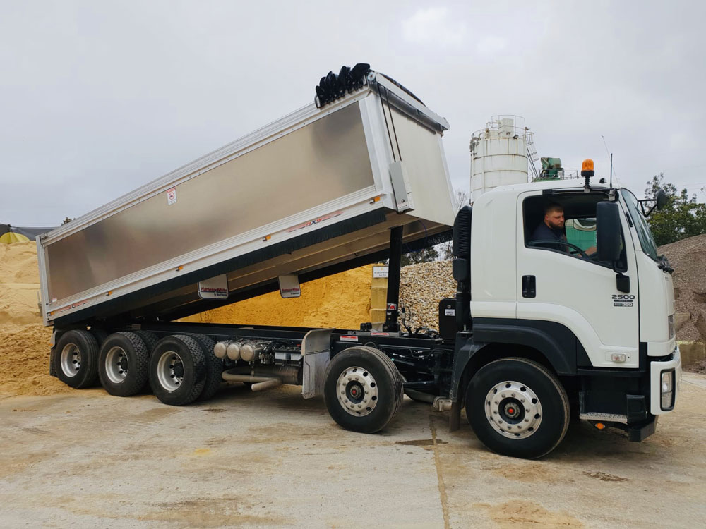 Most Common Causes of Truck Breakdowns   Walkers Plant Maintenance Perth